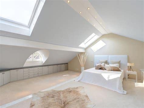mansarde schlafzimmer umbau dachbodentr 228 ume 7 wohnideen f 252 r r 228 ume unterm giebel