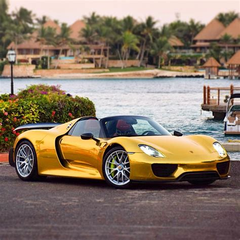 Goldener Porsche by Golden Wrapped Porsche 918
