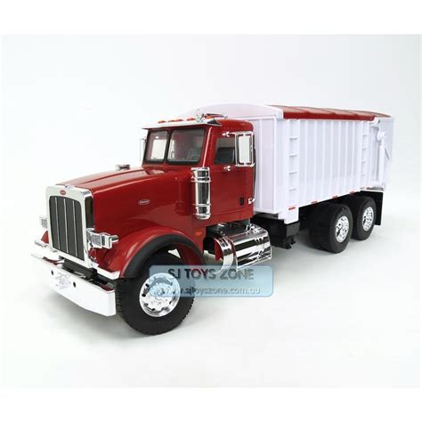 ebay trucks tomy 1 16th big farm peterbilt 367 truck with grain box ebay