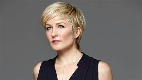 linda from blue bloods new haircut linda reagan blue bloods short hair linda reagan blue