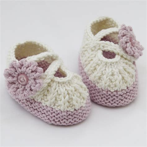knitted baby sandals free pattern free knitted baby booties pattern