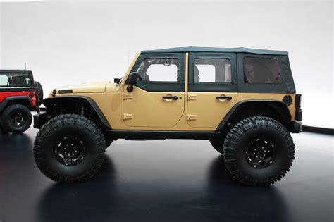 sand jeep wrangler jeep wrangler sand trooper ii concept photo gallery autoblog