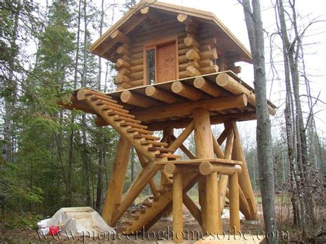custom log home special construction features pioneer