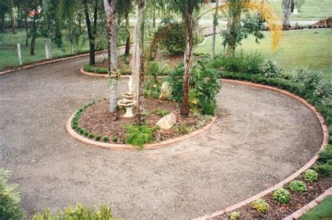 Landscape Edging Circle Driveway Landscaping Pictures And Ideas