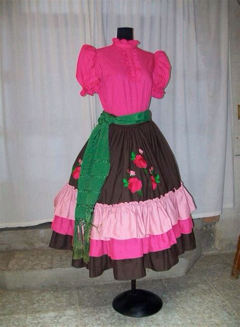 88 best images about vestidos escaramuza charra on 19 best images about anel granados desings on pinterest coins meringue and vestidos