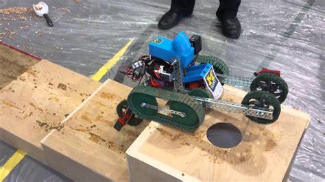 Um Flint Sponsored Robotics Team by Um Flint Engineering Students Robot Excels At Midwest
