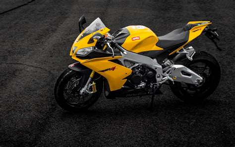 yellow motocross aprilia rsv4 yellow motorcycle wallpapers aprilia rsv4