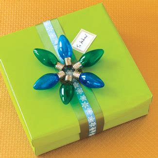 how to recycle recycled christmas gift wrappers ideas