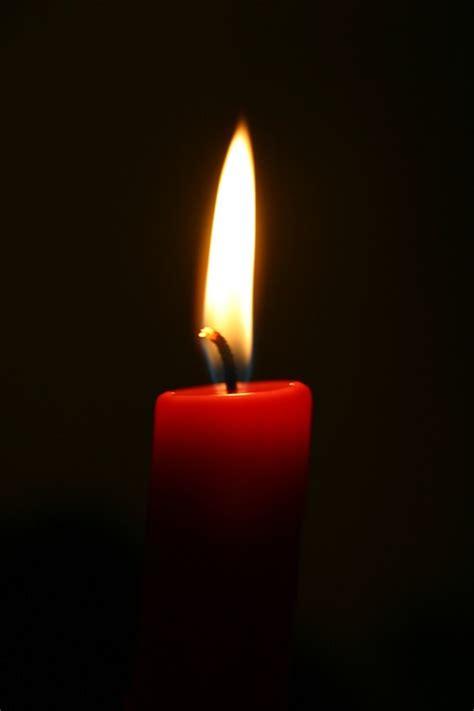 schwarze kerzen kostenloses foto kerze rot schwarz weihnachten