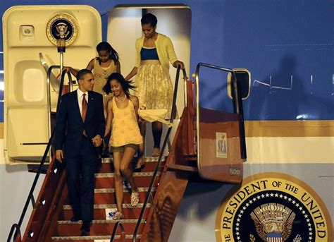 sasha obama bedroom first tweens malia and sasha obama in brazil examiner com
