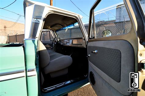 1964 Chevy Truck Interior by Custom 1964 Chevy Dually Hammered On 22s Myrideisme