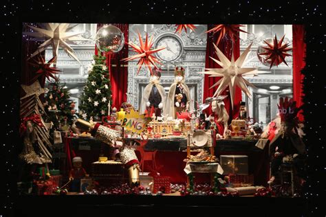 christmas window stores 5 things we about fall