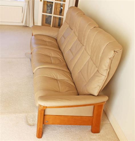 Stressless Sofa Price by Ekornes Stressless Mayfair Reclining Chairs 2