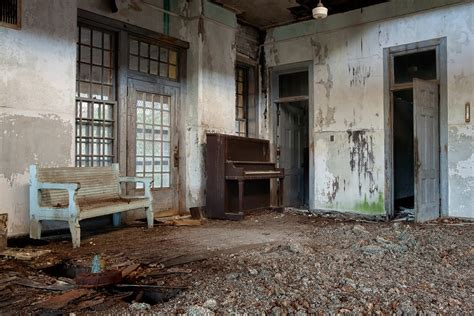 Krischef Termometer Masak room photo of the abandoned taunton state hospital