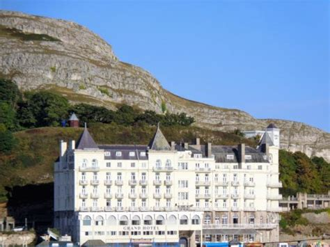 house hotel llandudno views from the pier picture of chatsworth house hotel