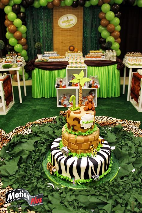 themed birthday parties motion plus pictures safari themed birthday party ideas
