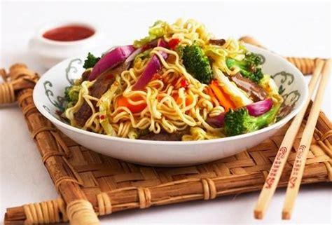 chinois pour la cuisine recettes chinoises nouilles 224 la fa 231 on de singapour