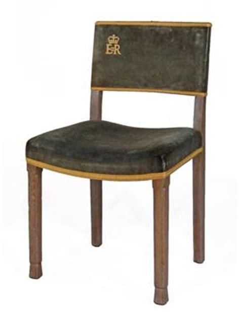queen elizabeth ii coronation chair 1953 no.144. original