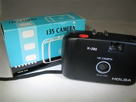 recommended film for holga 135 holga 135 35mm point and shoot camera with 28mm lens k 280