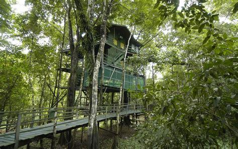 coolest treehouse in the world ariau amazon towers hotel brazilian amazon world s