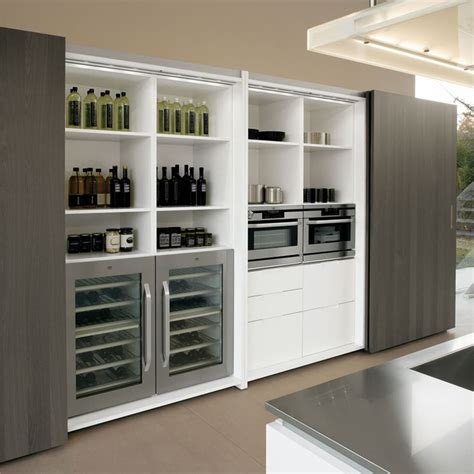 cucine con dispensa dispensa cucina contemporanea attrezzature interne