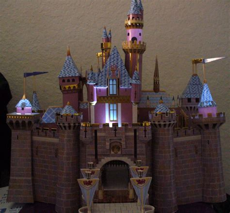 Sleeping Castle Papercraft - build sleeping castle the build