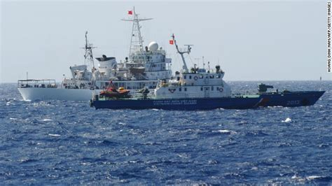 deep sea fishing boat sank vietnamese fishing boat sinks after collision with chinese