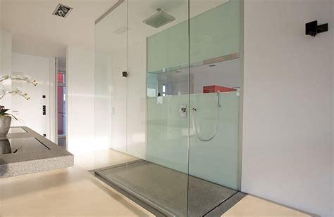 dusche mitten im raum kleindesign m 252 nster bietet exklusives und innovatives