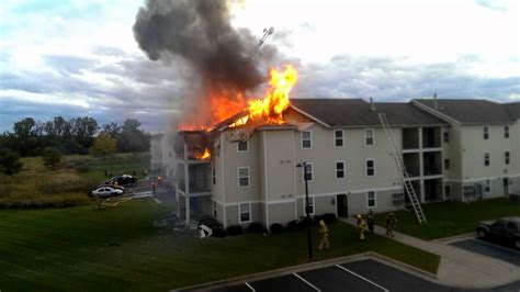 Apartment Complexes For Sale In East Lansing Mi East Lansing Mi Crews Battle Heavy From Third Floor