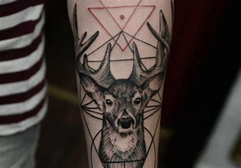 imagenes de tatuajes de venados 25 tatuajes de ciervos y venados que no puedes perderte