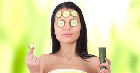 alimentos para las ojeras 6 alimentos para reducir las ojeras clikisalud net