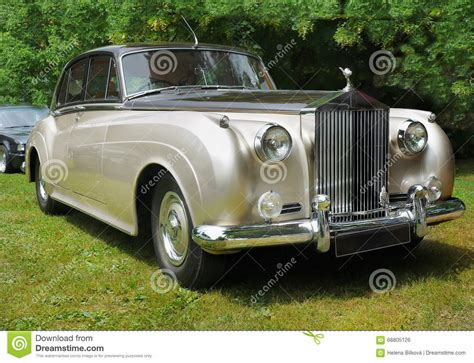 cartoon rolls royce old rolls royce after accident editorial photo