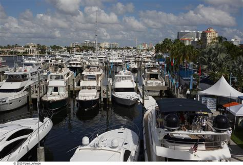 fort lauderdale boat show specials fort lauderdale water taxi provides access and discounted