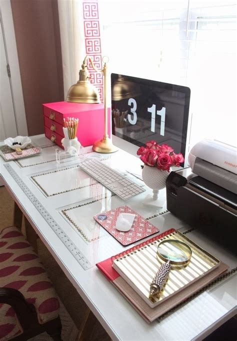 Office Desk Decoration Items 20 Inspiring Home Office Decor Ideas That Will Your Mind