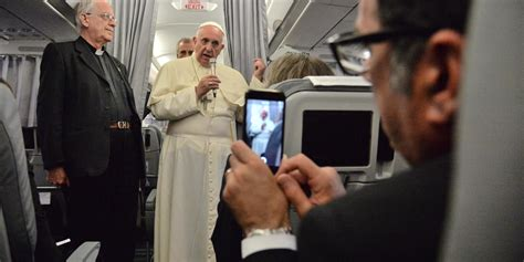 pope francis bedroom pope francis warns parents about children having computers in their bedrooms because