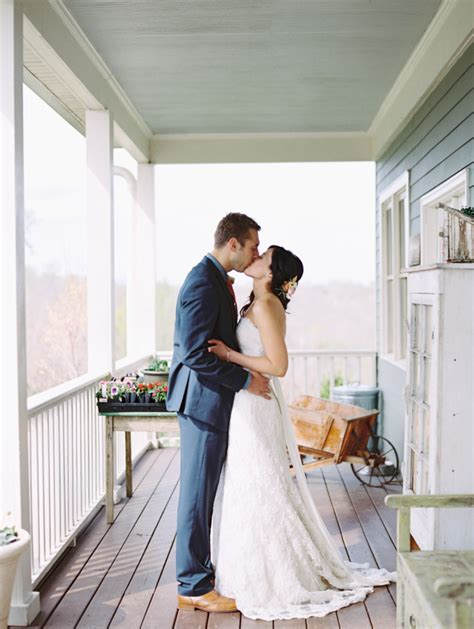 southern wedding porch portrait