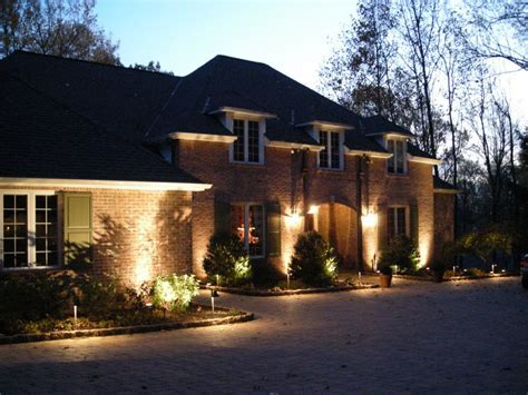 How to Splice Low Voltage Landscape Lighting Wire