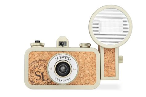 la sardina camera la sardina camera and flash grand cru 183 lomography shop