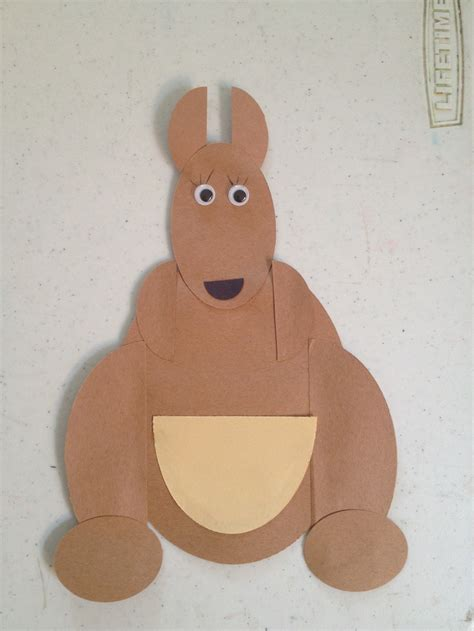 Kangaroo Paper Plate Craft Www Imgkid The Image
