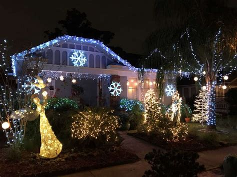 a ho ho hum lights in the heights houston chronicle