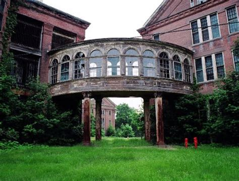 abandoned places in ma the most haunted places in massachusetts moviepilot com