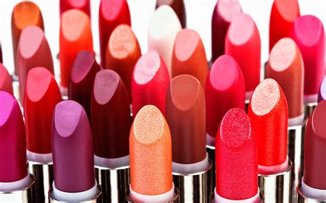 Lipstik Make Lip national lipstick day how are lipsticks made it s