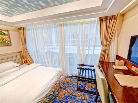 Single Cabins Cruise Ships by Single Cabin With Balcony Deluxe Standard Cabin Deluxe