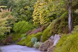 pacific northwest hillside garden traditional