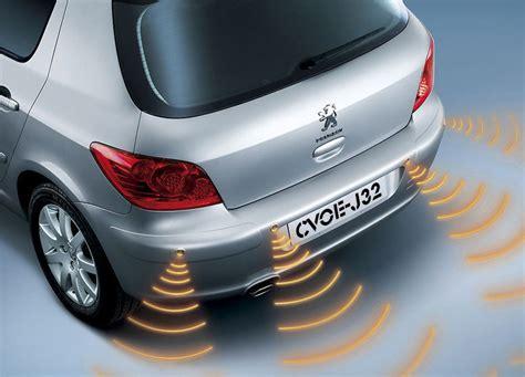 how cars run 2012 toyota corolla security system characteristics of a good car alarm system