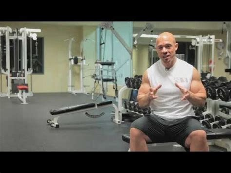 how can i bench press more how to bench press more weight fast bodybuilding youtube