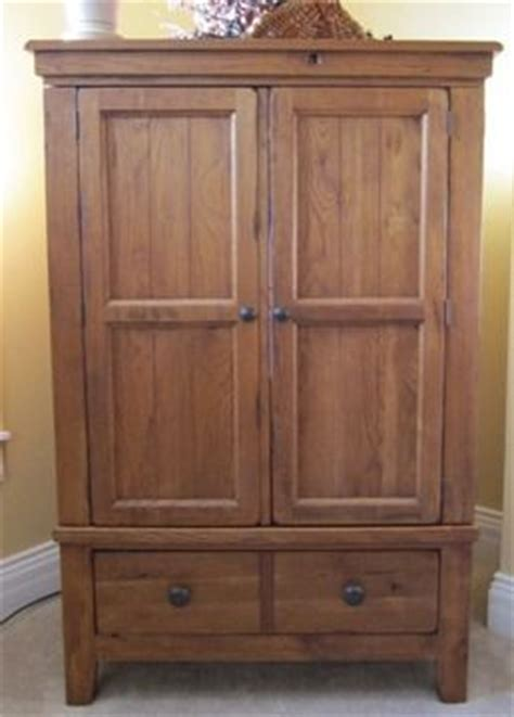 Broyhill Attic Heirloom Armoire by 525 Broyhill Attic Heirloom Tv Armoire New Home Decor