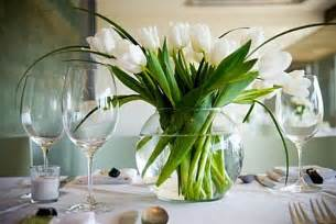 table center pieces 25 dining table centerpiece ideas
