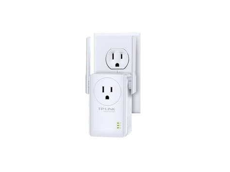 Tp Link300mbps Wi Fi Range Extender With Ac Passthrough Tl Wa860re tp link tl wa860re 300mbps wi fi range extender with ac passthrough tl wa860re ritzcamera
