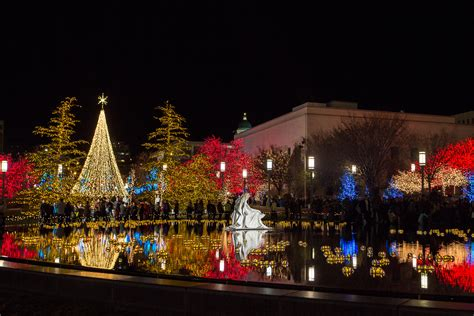 pool city christmas trees mormonism in pictures temple square dressed for meridian magazine